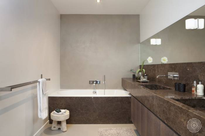 Seamless bathroom flooring - Senso Flooring