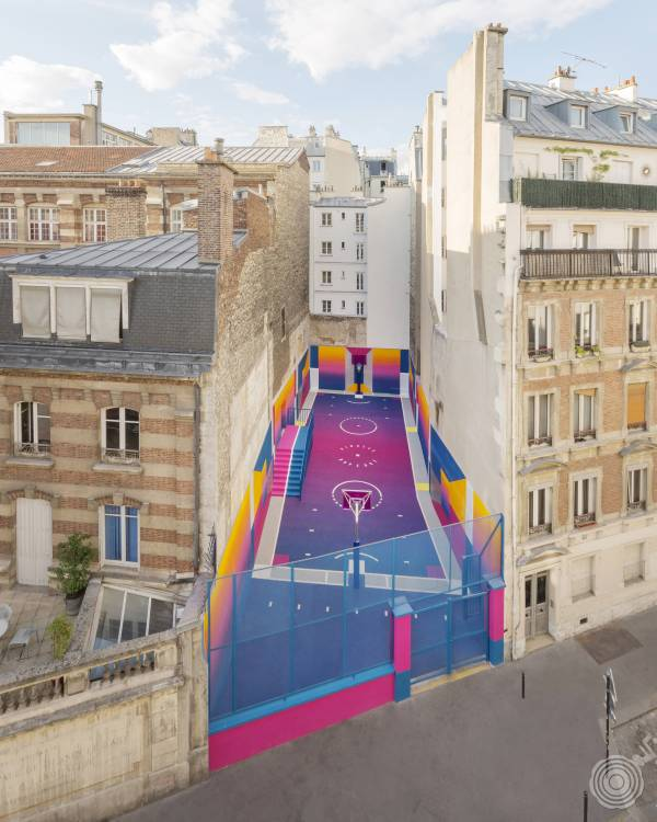 Basketball Court by |||-Studio & Pigalle